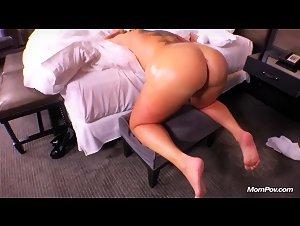 Angie mompov Angie (MomPov)
