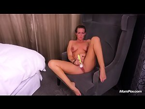 MomPOV - Charlotte (31 year old divorced mom tries porn)